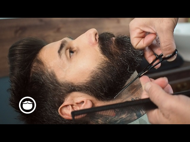 Barbershop Beard Trim Wet Shave with Narration | Carlos Costa