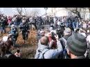 На х ментов Драка на митинге Навального Владивосток 18