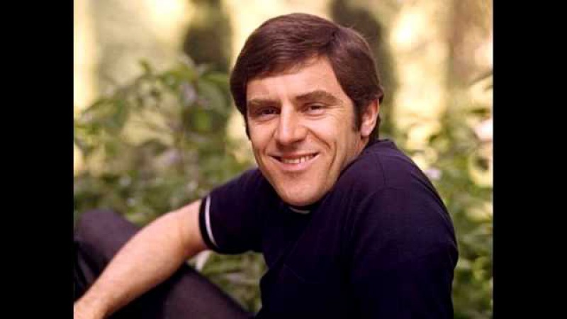 Feeling Good sung by Anthony Newley
