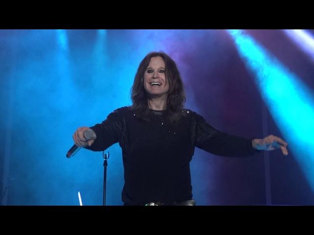 Ozzy Osbourne - Mama Im Coming Home Paranoid ROCK USA 2017 Oshkosh Wisconsin