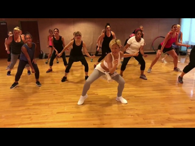 MI GENTE J Balvin and Willy William - Dance Fitness Workout Valeo Club