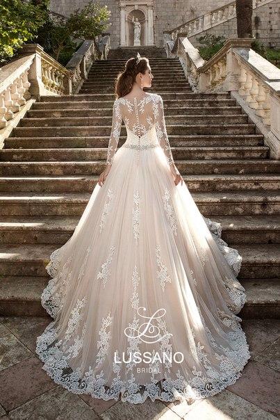 626d46ba597 Свадебные платья г. Алматы салон MALINELLI.