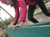 06.05.2017. Качели. Настя и Наташа катают меня.