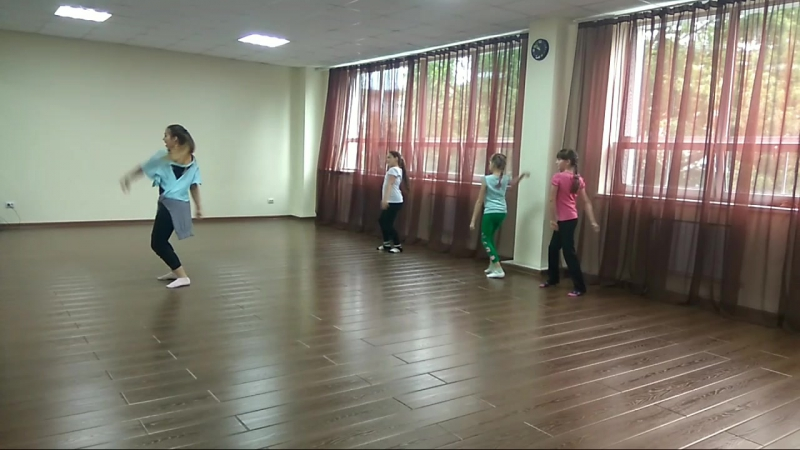 Эстрадный танец. Тренер Алина Фаритовна
