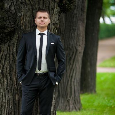 Денис Глазунов