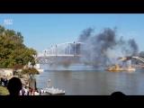 Зрелищный подрыв моста