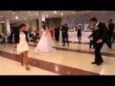 Девушка танцует лезгинку лучше любого парня