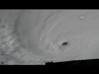 Ураган «Мэтью» с МКС
