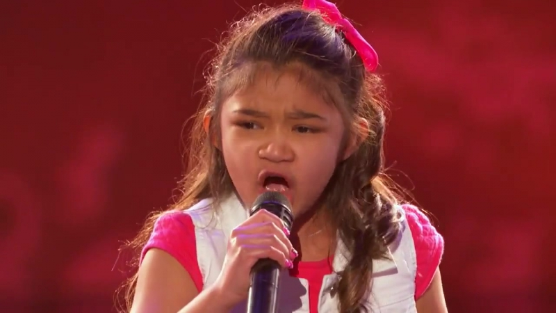 Мурашки по коже от голоса 9-летней девочки