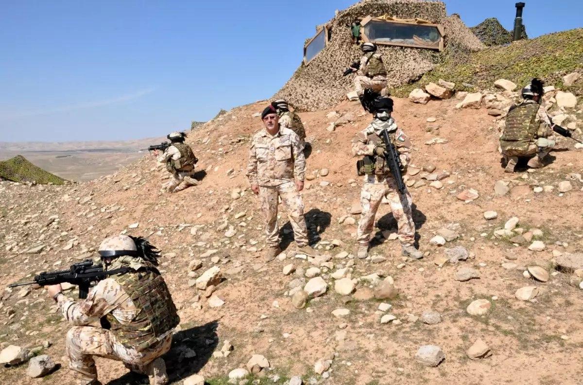 [BIZTPOL] Szíria és Irak - 6. - Page 2 Fx0pMb-EU6U