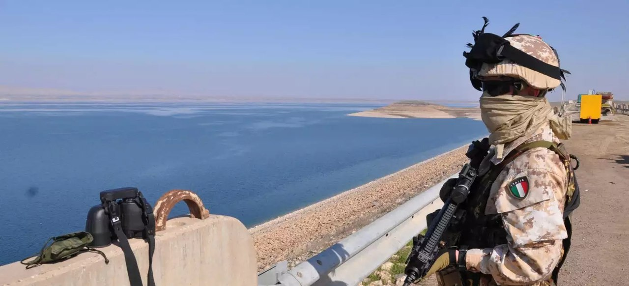 [BIZTPOL] Szíria és Irak - 6. - Page 2 UXPSo2BIuiI