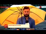 Ирландского телеведущего унесло из кадра порывом ветра