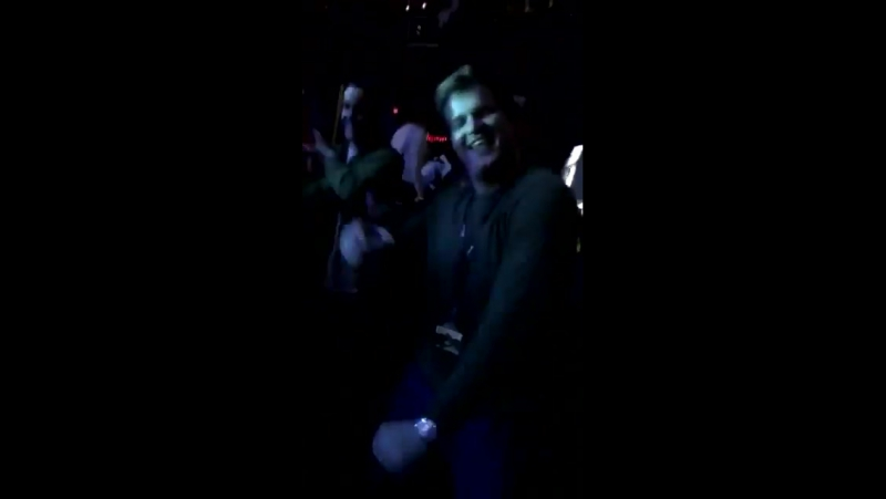Niall Horan via SnapChat during Justin Biebers performance at the KIISJingleBall in Los Angeles, California earlier tonight. (D