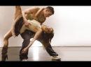 Ну очень красивый парный танец! Как они двигаются! Великолепные движения! Красив...
