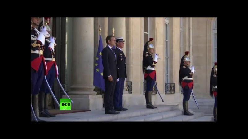 Benjamin Netanyahou arrive au palais de l'Elysée (Direct du 16.07)