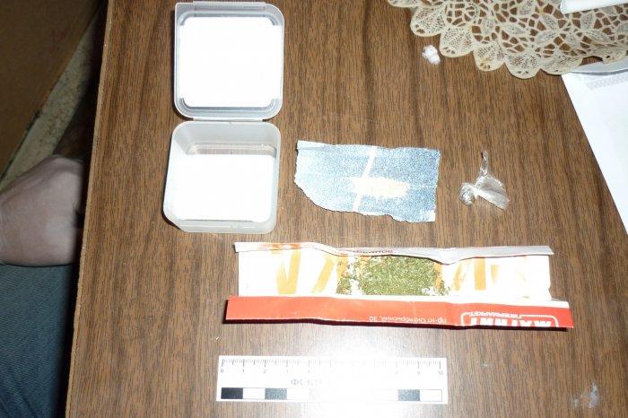 Житель станицы Зеленчукской предоставлял свое жилья для потребления наркотиков