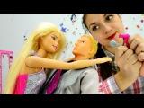 Детское видео про куклы и одевалки: Барби и Кен выбирают наряд на новый год. Игры ...