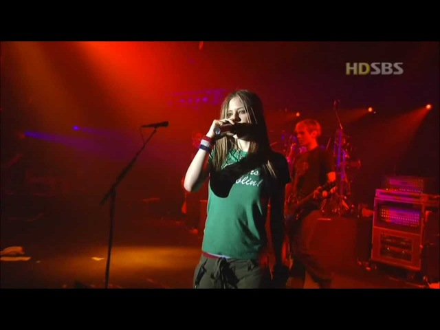 Avril Lavigne - Too Much To Ask - Live in Seoul Korea 2003 [HD]