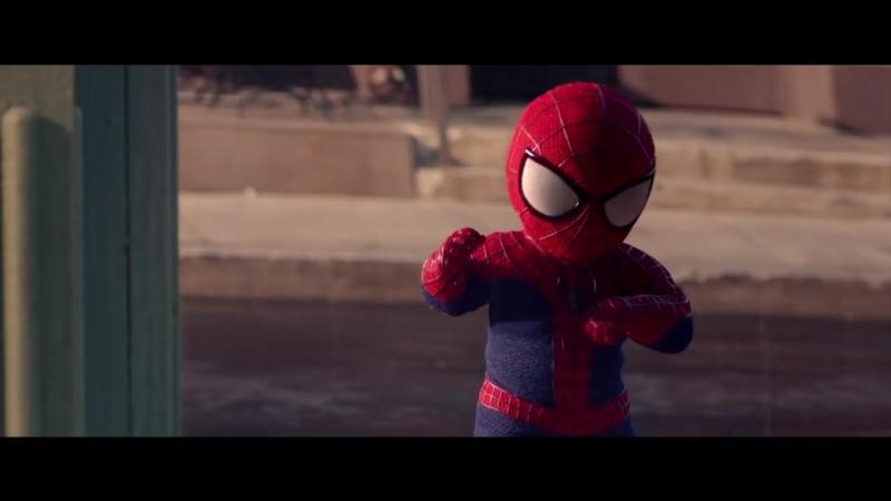 Человек-паук и малыш