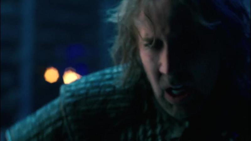 Время ведьм (2011). Бой главных героев с оживлёнными тёмной магией демона монахами и с самим демоном