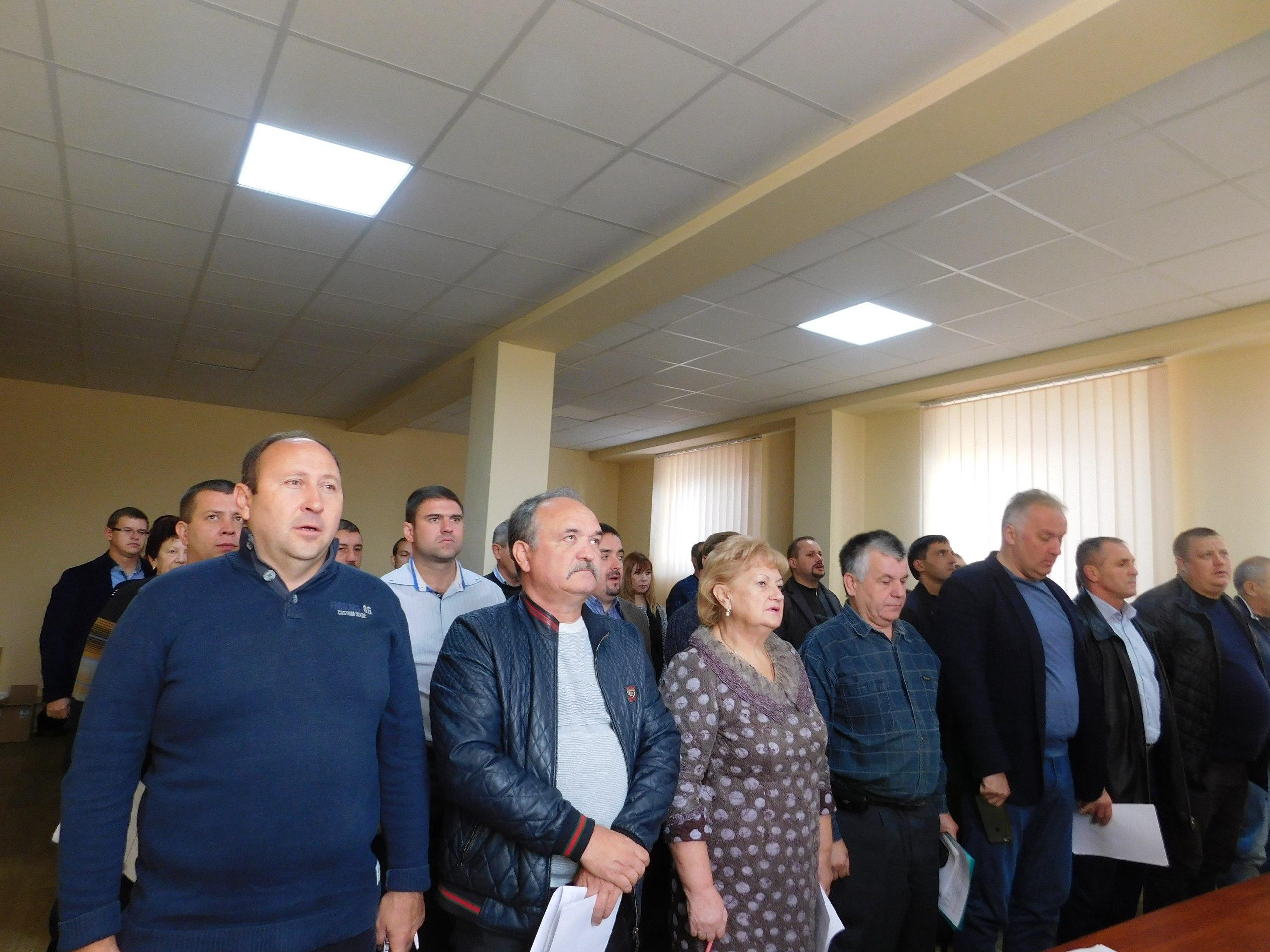Картинки по запросу фото депутатов новомосковский горсовет