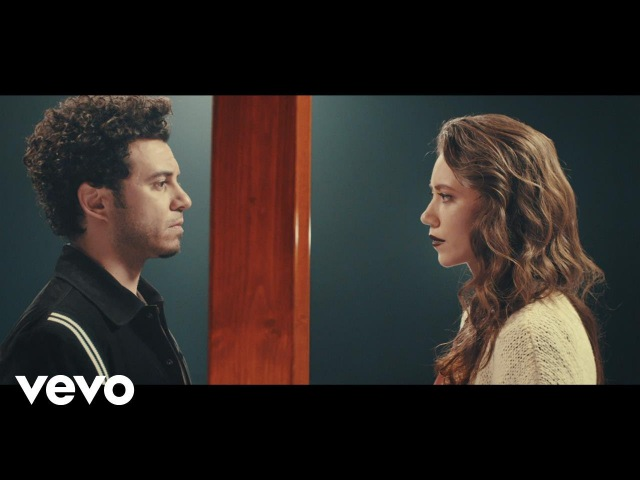 Buray - Seni Sevmiyorum Artık (Official Music Video)