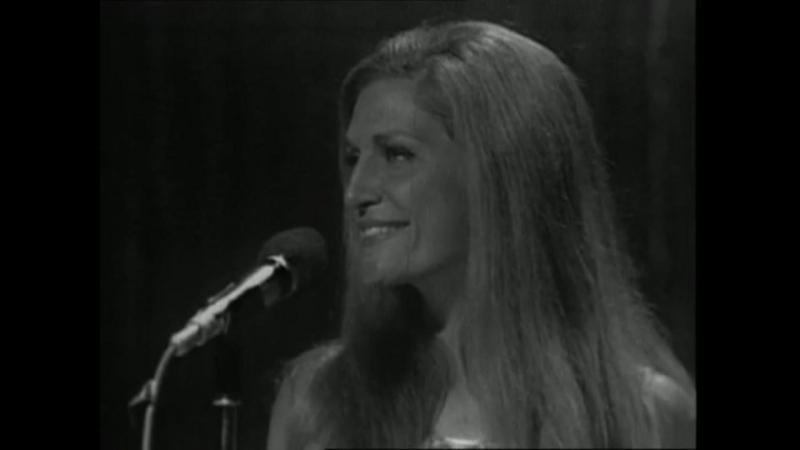 Dalida - Jesus bambino / 23-08-1971 Une cigogne sur la 2