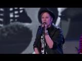 Fall-Out-Boy-The-Phoenix-Victorias-Secrets-Fashion-Show-2013