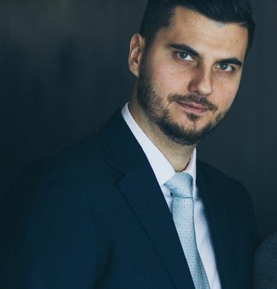 Александр Розов