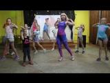 Нелли Донатовна и 5 отряд - танец
