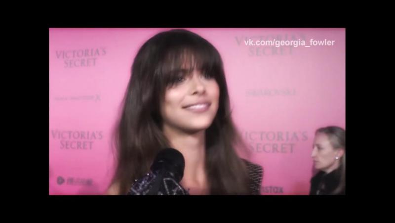 Русcкия субтитры | | Интервью для «FashionTV», розовая дорожка афтепати «Victoria's Secret» » Freewka.com - Смотреть онлайн в хорощем качестве