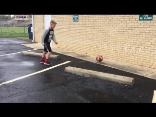 Сверхразум играет с мячом