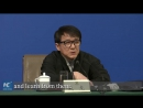 Джеки Чан на пресс-конференции в рамках сессии ВК НПКСК