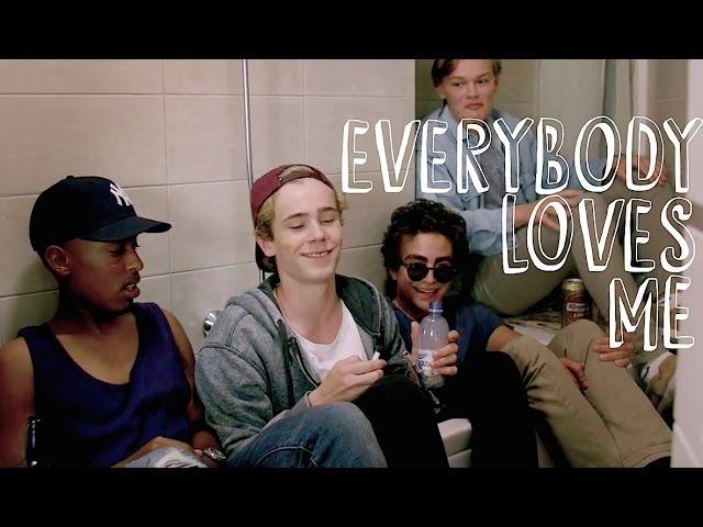 Skam multimale   everybody loves me