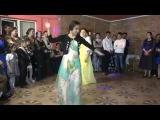 Цыганочки танцуют на свадьбе