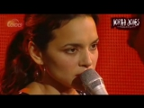 Norah Jones-singing about you (live in concert)