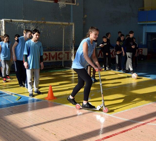 В ФСК «Локомотив» прошел спортивный праздник для сельской молодежи