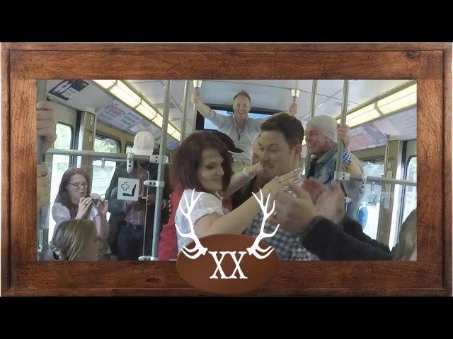 VoXXclub - Donnawedda in der U-Bahn zum Oktoberfest! Best train party ever!