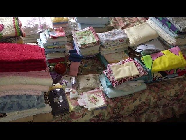 Процесс организации и систематизации постельного белья и полотенец. Уборка. Маленькие шаги