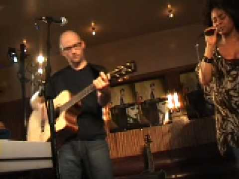 Moby @ Cafe Belga 818 - Why Does My Heart Feel So Bad