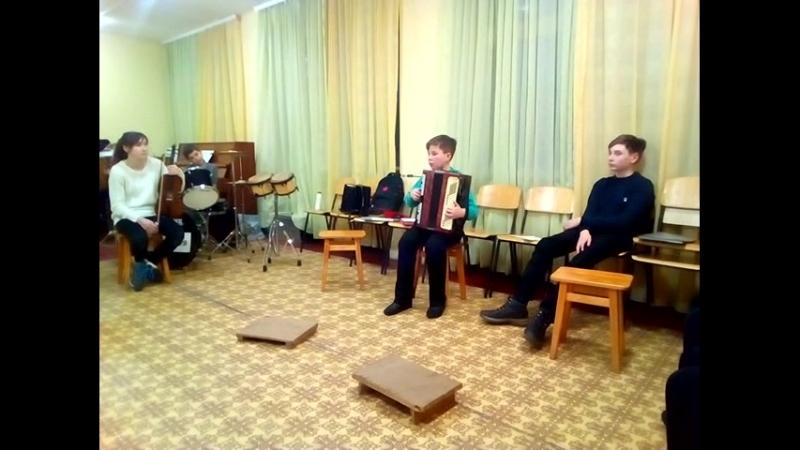 Родительское собрание 22.03.18. Макеев Павел Маленький виртуоз.