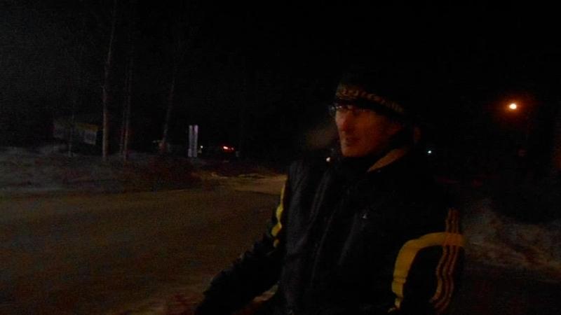На велосипеде по ледяным дорогам . . . =)