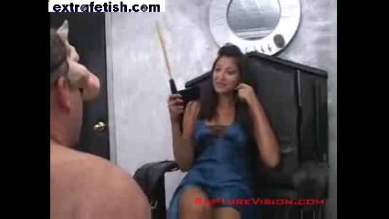 Icequeen Miss Lailas Brutal Foot Worship