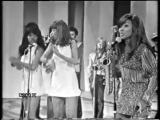 Ike Tina Turner - Proud Mary live on Italian TV 1971