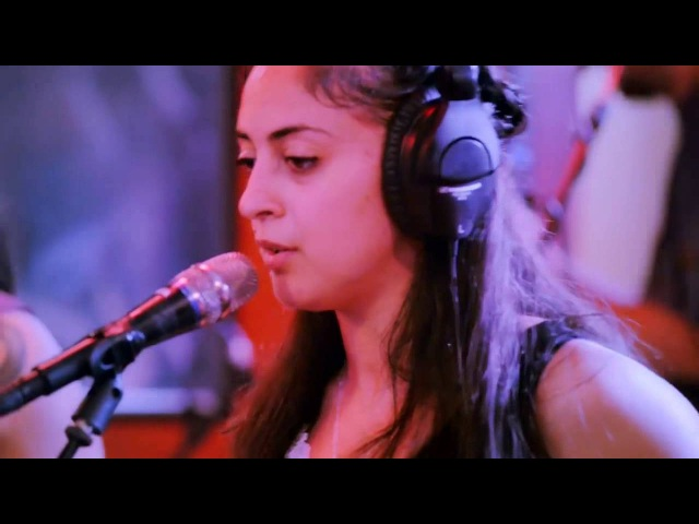 Somos Sur - Ana Tijoux Shadia Mansour (Live / En Vivo)