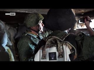 Солдат ВСУ спокойно гуляет по позиции, не опасаясь обстрела со стороны ДНР