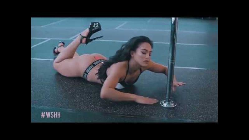 Красотка танцует. Сексуальный танец у шеста. Шикарная фигура. Очень красиво! » Freewka.com - Смотреть онлайн в хорощем качестве