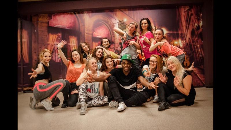 Презентация арт-клуба BARRIO в Вологде | Женские танцы, фитнес, события