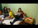 Англо-спортивный лагерь MP CAMP в свободное время наши дети переводят песни и с лёгкостью говорят по-английски =)
