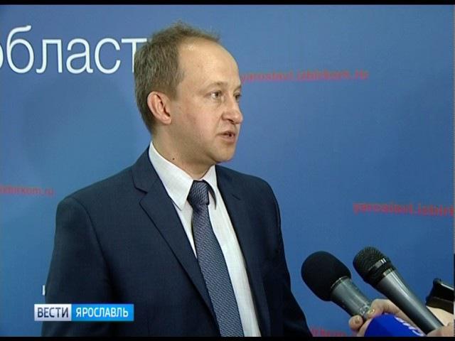Представитель ЦИК РФ протестирует новые технологии обработки бюллетеней и подс...